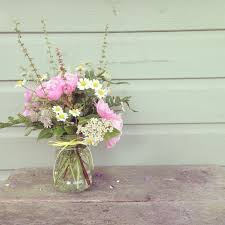 Mason Jar Arrangements The 25 Best Jam Jar Flowers Ideas On Pinterest Jam Jar Wedding