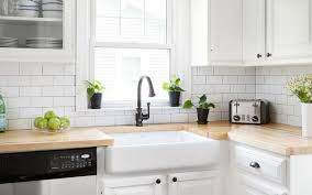 white kitchen cabinets with farm sink 10 drool worthy farmhouse sinks for kitchens