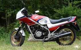 honda vf honda vf 750 f 1983 1985 interceptor mit v4 motor