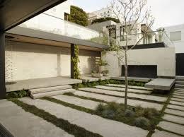 small japanese inspired garden design in the big city gardenoholic
