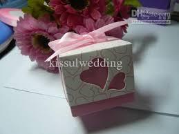 wedding cake gift boxes wedding bomboniere heart design wedding cake boxes pink and purple