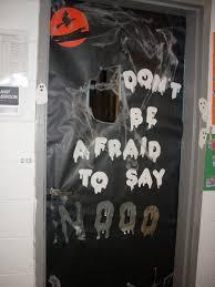 How To Make Halloween Door Decorations Halloween Dorm Door Decorations