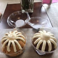 nothing bundt cakes 16 photos u0026 28 reviews cupcakes 1547