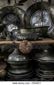 Antique Vases For Sale Antique Copper Pots And Vases For Sale In An Antique Shop At