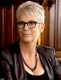 how to get the jamie lee curtis haircut jamie lee curtis wears kylie jenner s bra on scream queens daily