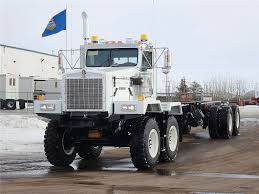 kenworth heavy duty 2011 a kenworth c500 in nisku alberta canada with a caterpillar