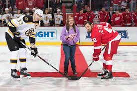 what brand of skates is zdeno chara wearing in this photo i don u0027t