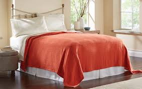 how to layer a bed how to layer bedding