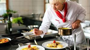 salaire chef cuisine le métier de chef cuisinier observatoire emploi mp fr