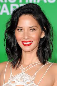 non hairstyles 32 non boring ways to wear a lob olivia munn beach waves and lob
