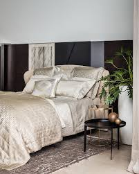 High End Bedding Bedroom Luxury Bedding Ensembles Expensive Comforters And