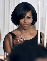 ms obamas hair new cut 2010 governor s ball michelle obama s sleek new bob photos video