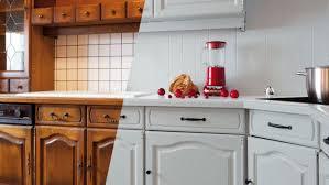 repeindre les murs de sa cuisine peinture cuisine blanche et bois pour carrelage pas cher moderne
