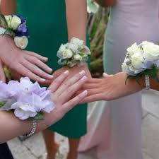prom flowers a copper flowers primer on ordering prom flowers local