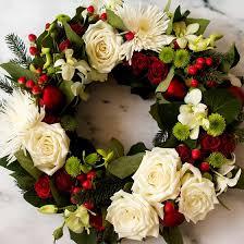 christmas floral arrangements classic christmas flower arrangements