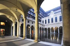 il cortile genova file genova il palazzo di giustizia con la ricostruzione dello
