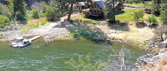 lodging river riverfront cabins and suites at idaho s salmon river lodge resort