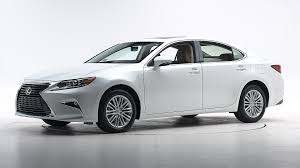 lexus es 2016 facelifted 2016 lexus es got high scores in iihs tests youwheel