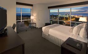 Bed Frames Tampa by Luxury Tampa Hotel Rooms U0026 Suites Crowne Plaza Tampa Westshore