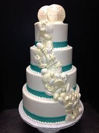 wedding cakes at croissants bakery in myrtle south carolina
