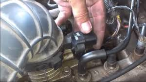 throttle position sensor jeep grand jeep grand wj 1999 to 2004 how to replace throttle