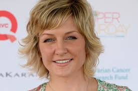 back view of amy carlson s hair amy carlson alchetron the free social encyclopedia