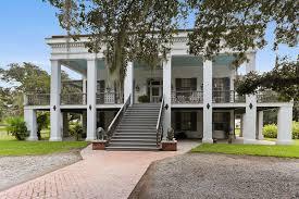Modern Plantation Homes by 19th Century Greek Revival Plantation Home Seeks 2 45m Curbed