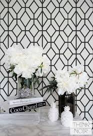 white and black wallpaper white on black wallpaper 6622e54b00ab47b4fddd38416a60db11 off black