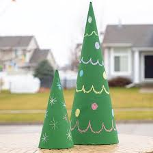 10 awesome cone shaped trees