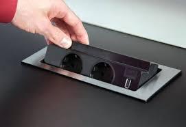 prise electrique encastrable plan de travail cuisine prise pour plan de travail prise electrique escamotable pour plan de