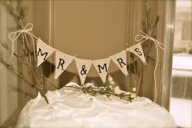 banner cake topper help me find a cake topper weddingbee