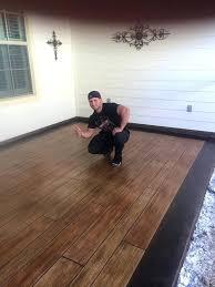Laminate Flooring That Looks Like Wood Rubber Flooring That Looks Like Wood Look Wood Bathroom Tile
