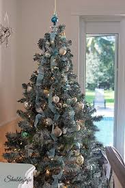 country christmas tree country rustic christmas dining room shabbyfufu
