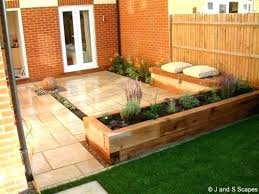 Small Garden Landscape Ideas Garden Landscape Ideas Uk Small Front Garden Landscaping Ideas Uk