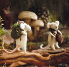 roost traveling mice decorative ornaments set of 6