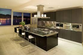 ilots central de cuisine ilot central cuisine grands tiroirs dans lu0027lot central pour une