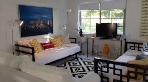 South Beach Sofa Modern Luxury South Beach Apartment Homeaway Flamingo Lummus