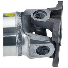 dynotech mustang driveshaft aluminum one piece 4