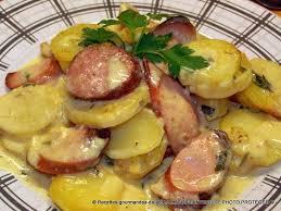 comment cuisiner la saucisse de morteau pommes de terre cancoillotte saucisses de morteau et fumées