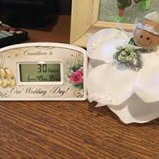 thanksgiving countdown clock an engagement party gift idea