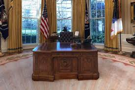 check out how president trump has redecorated the oval office