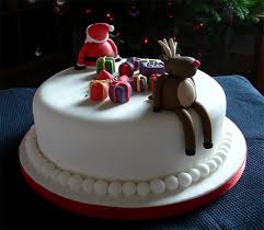 Christmas Cake Decorations Ideas by 50 Creative Christmas Cakes Too Cool To Eat Hongkiat