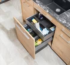 eckküche p max maßmöbel tischlerqualität aus österreich - Mülltrennsystem Küche