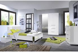 chambre adulte compl e design chambre design laqué blanche et chrome trendymobilier com