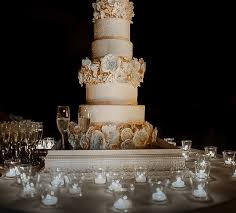 how much do wedding cakes cost how much wedding cake cost wedding corners