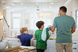 couples are better at sharing household chores