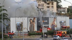 defi mode siege social le magasin défi mode à ajaccio détruit par le feu corse matin