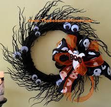 halloween wreaths easy decorating u2026 a halloween wreath the seasonal home