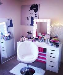 Makeup Vanity Table With Lights 17 Diy Vanity Mirror Ideas To Make Your Room More Beautiful Ikea