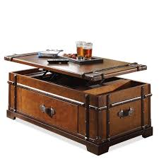 amazon com steamer trunk lift top cocktail table kitchen u0026 dining